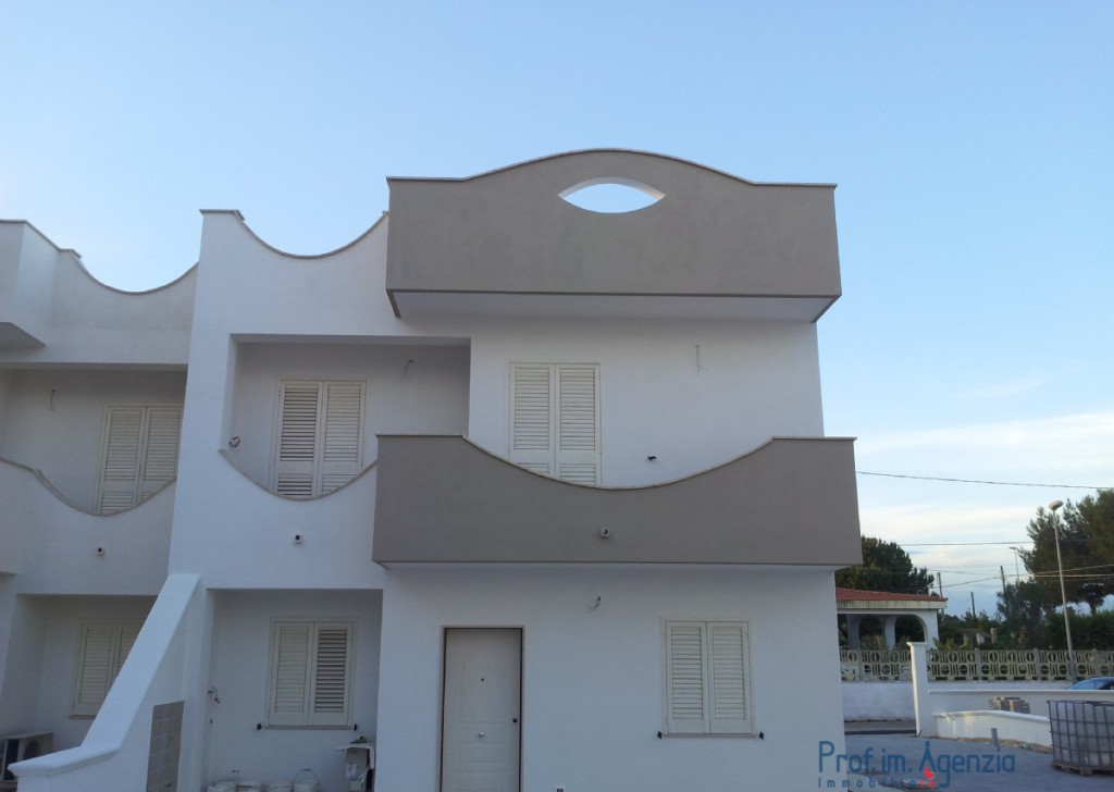 Sale Seaside houses Taranto - Wonderful residential ville on the beach Locality Agro di Taranto