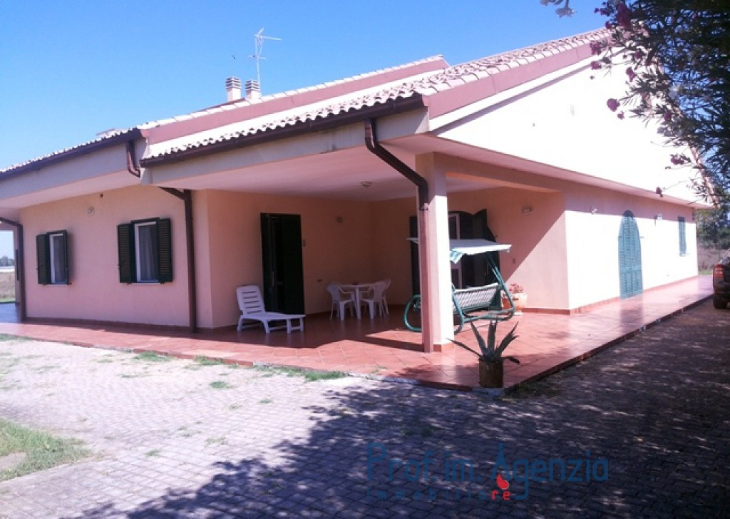 Sale Accomodations Bernalda - Agritourism in excellent condition Locality Agro di Bernalda