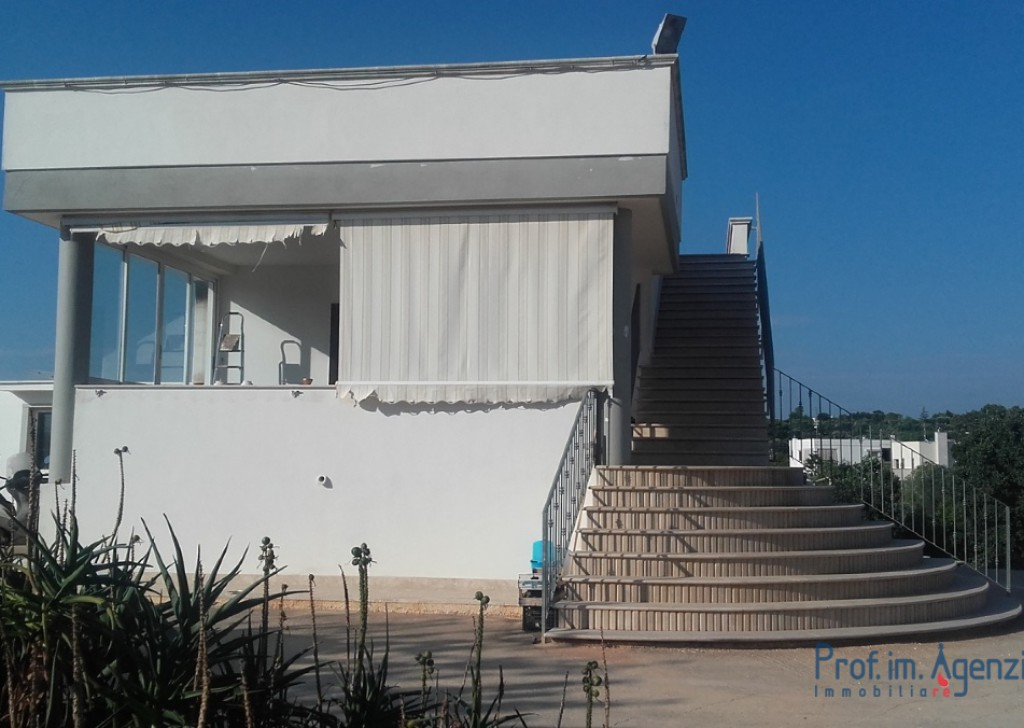 Sale Country houses Ostuni - Villa in the countryside Locality Agro di Ostuni