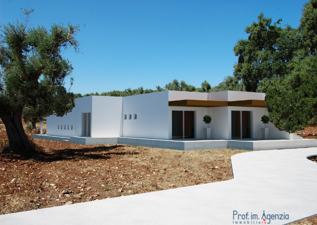 Sale Houses with swimming pool S. Vito dei N. - Villa with pool Locality Agro di San Vito dei Normanni