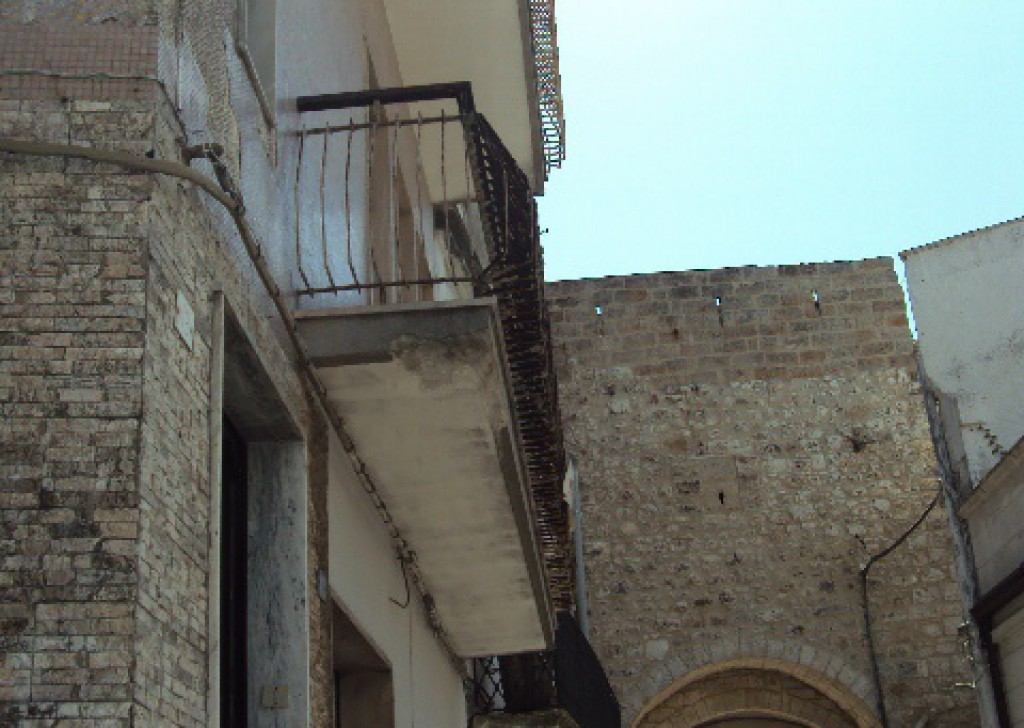Sale Old town houses Carovigno - Majestic and tyical palace in the old town centre Locality Città di Carovigno