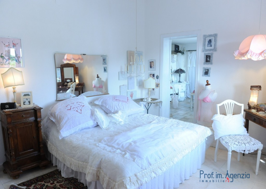 Sale Farm houses Ostuni - Farmhouse Locality Agro di Ostuni