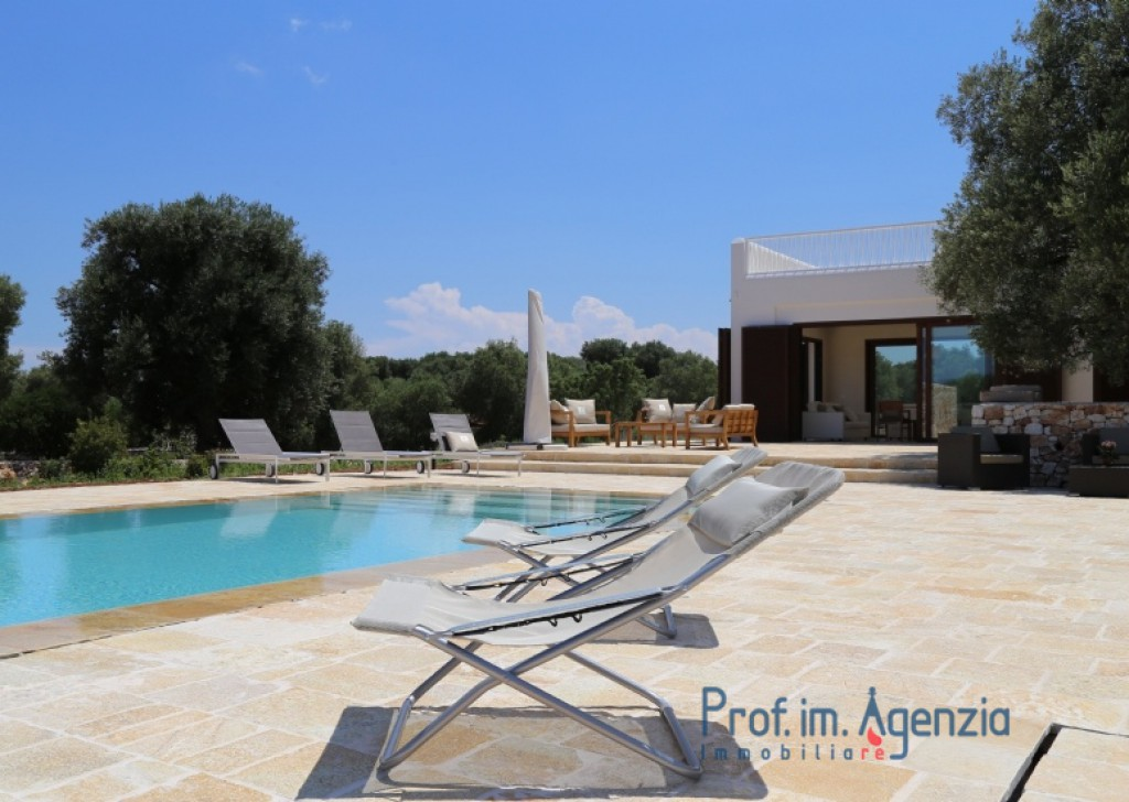 Sale Houses with swimming pool Carovigno - Amazing sea view villa with swimming pool Locality Agro di Carovigno
