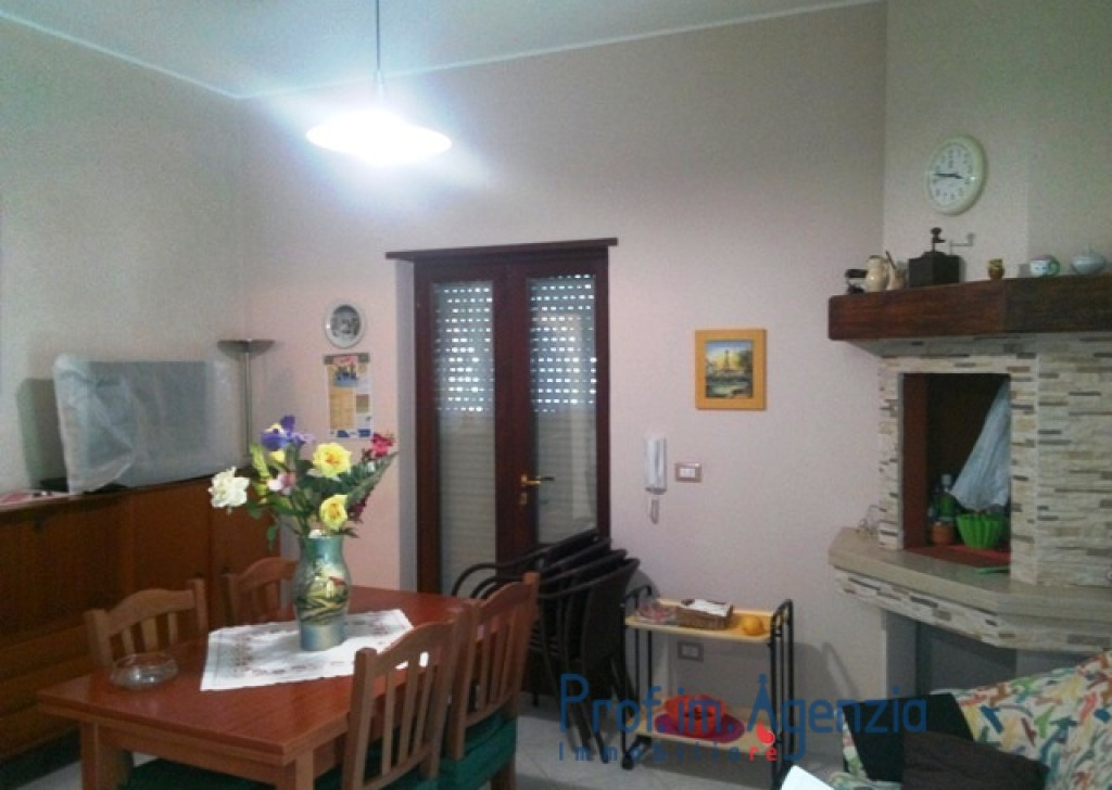 Sale Country houses Ostuni - Interesting country house  Locality Agro di Ostuni