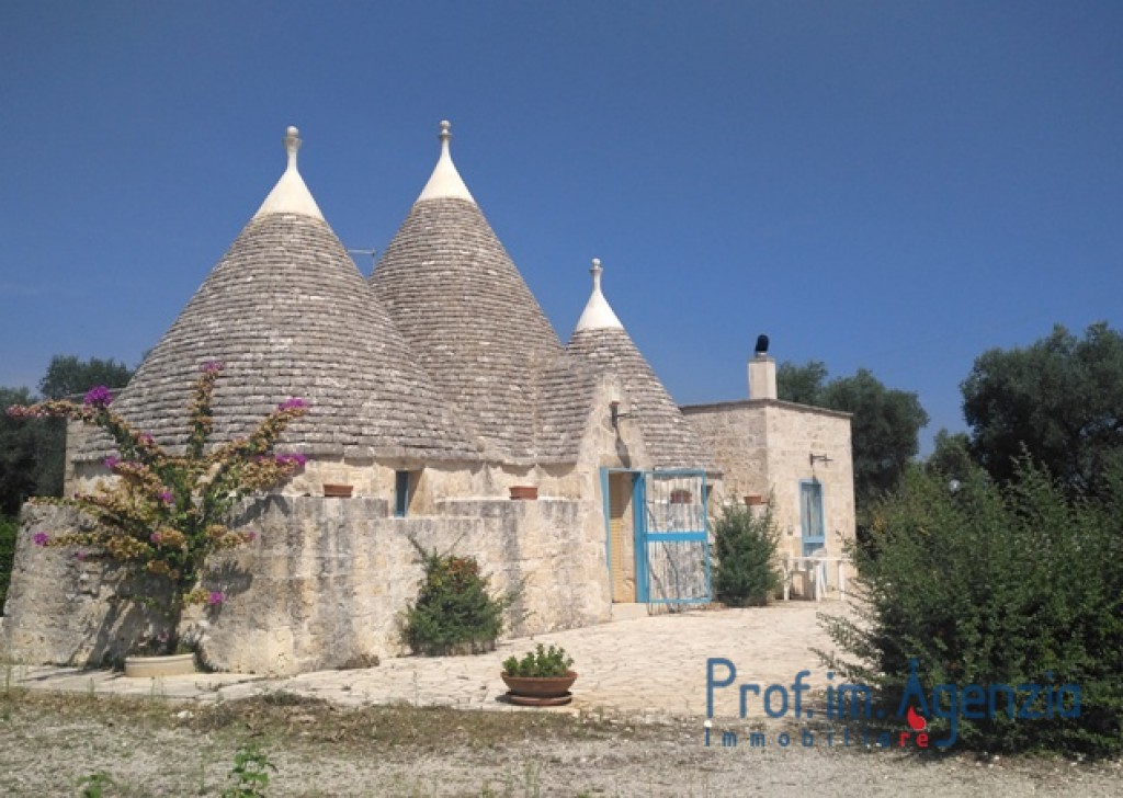 Sale Restored trulli Ceglie Messapica - Renovated trullo Locality Agro di Ceglie Messapica