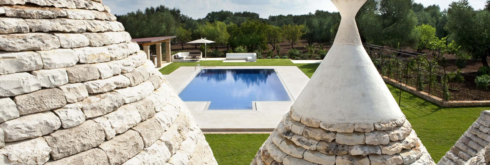 Trullo with pool to seasonal rent
