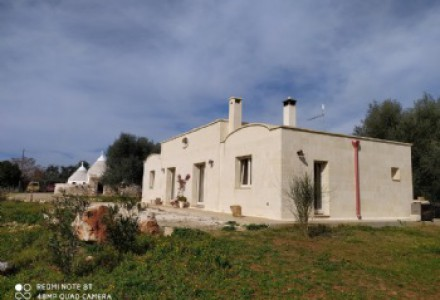 House with trullo